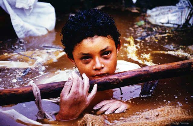 Omayra Sánchez, pinned beneath the debris of her house