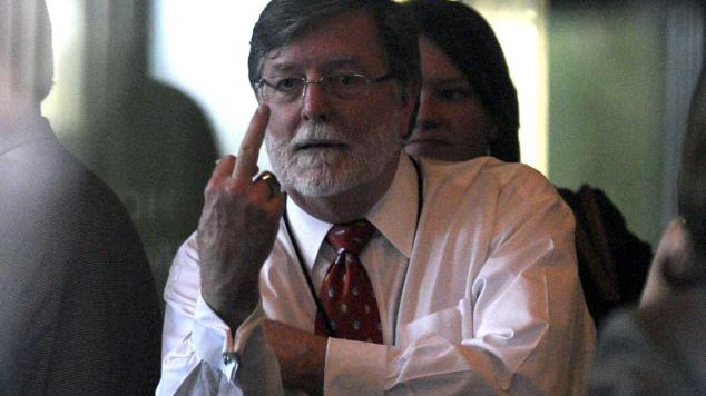 Casey Anthony's defense attorney Cheney Mason giving reporters and onlookers a little finger