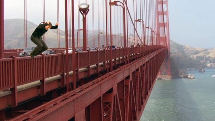 Golden Gate Bridge Jumpers caught on camera
