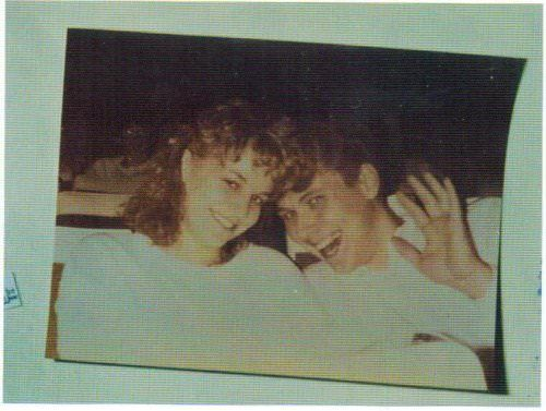 Photo of Karla Homolka and Paul Bernardo left in Tammy's casket
