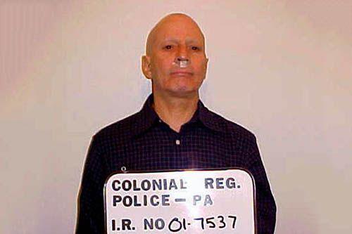 Robert Durst caught stealing a sandwich mugshot.