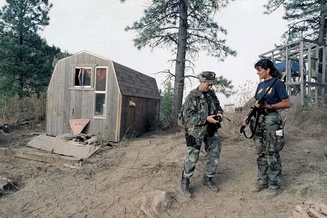 Ruby Ridge skinheads and protesters