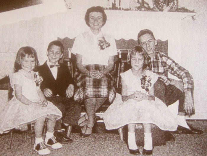 The family photo of Ted Bundy