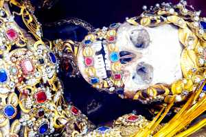 Catacomb Saints: Fascinating Skeletons from Rome