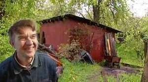 Viktor Mokhov: sick pervert who kept girls in his dungeon