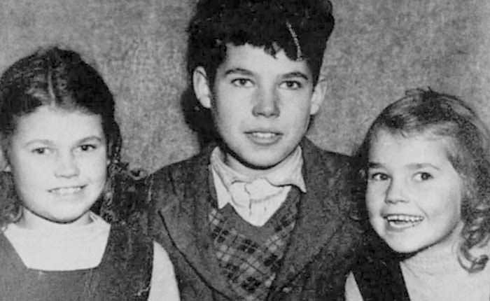 Young Fred West with his sisters